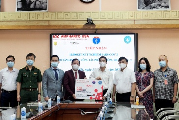 Ampharco U.S.A trao tặng Bộ Y Tế 10.000 bộ kit xét nghiệm COVID-19 (Amphabio) hỗ trợ phòng chống dịch